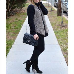 🎉HP🎉 CAbi soft faux fur brown vest